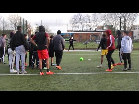 100S OF FANS vs 1 YOUTUBER FOOTBALL CHALLENGE *OUT OF CONTROL*