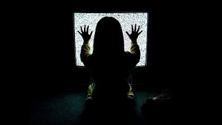 Τρομακτικές ιστορίες : Βραδυνή εκπομπή