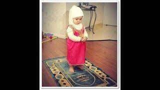 Küçük Kız Namaz Kılıyor ( MaşaLLaH ) Resimi