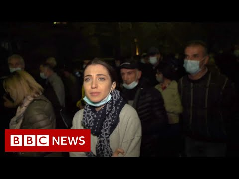 Nagorno-Karabakh: Armenian protests urge 'traitor' PM to quit - BBC News