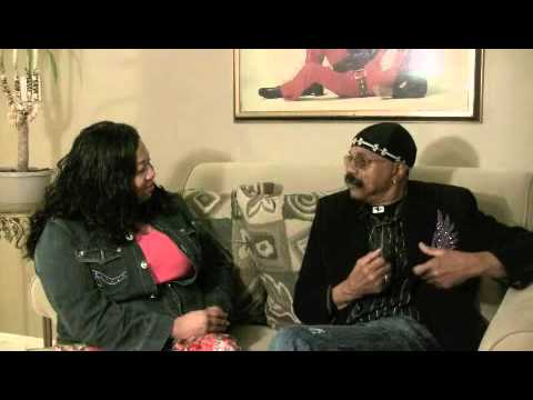 Salima speaks to Wilbert Hart of the original Delfonics, pt. 6