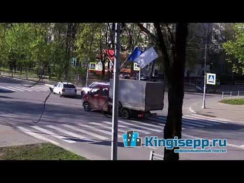 Новый день - новое ДТП у полиции Кингисеппа. Видео момента столкновения с веб-камеры KINGISEPP.RU