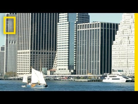 Why This Sailboat Brings Groceries to Manhattan | National Geographic