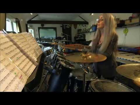 2/2 Evelyn Glennie - What Do Artists Do All Day ?