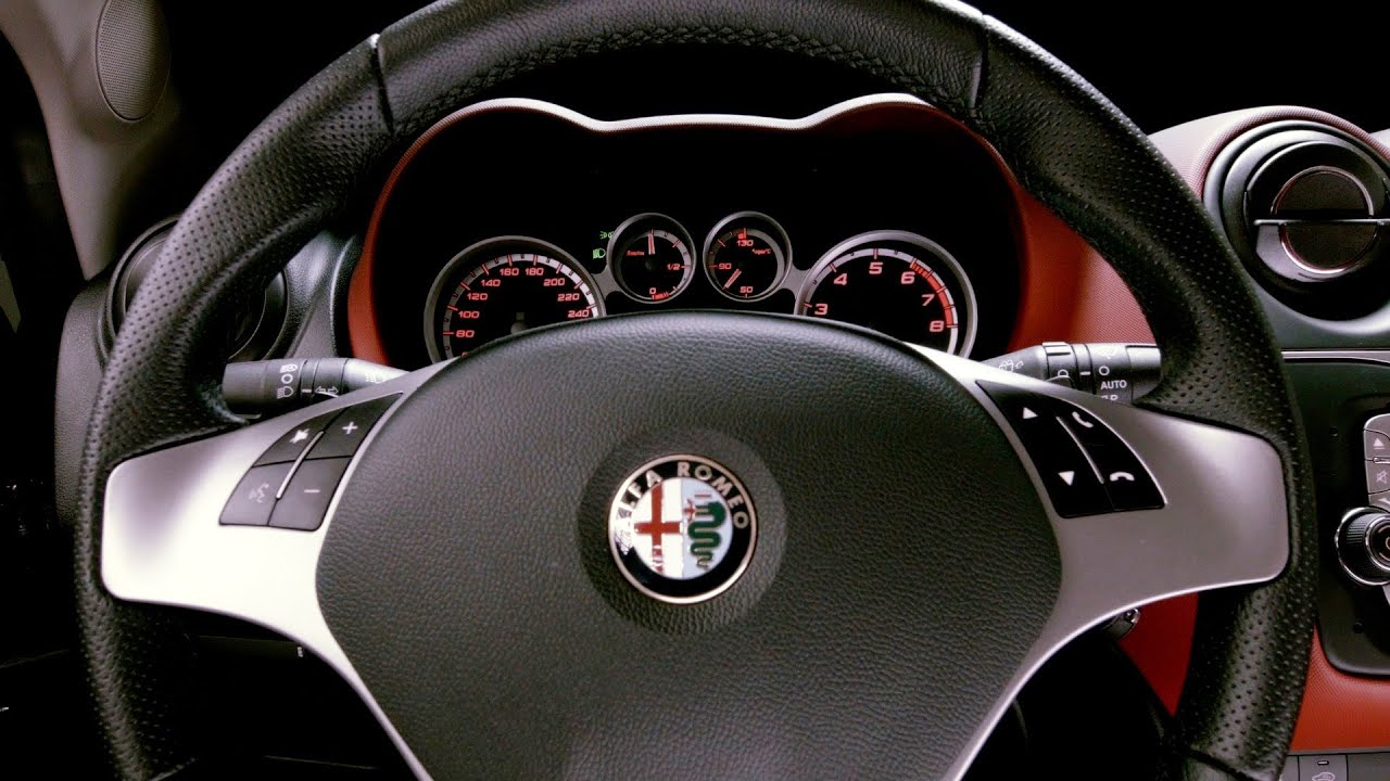 2014 alfa romeo mito interior youtube. Black Bedroom Furniture Sets. Home Design Ideas