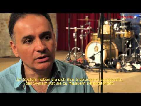 Venezuelan 7/4 Ensemble - Austrian Tour Trailer 2015 - Schagerl Meisterinstrumente