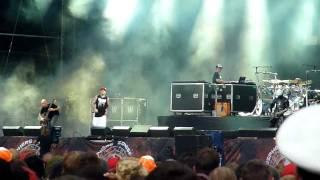 Скачать Limp Bizkit Douchebag Sonisphere Festival 2011