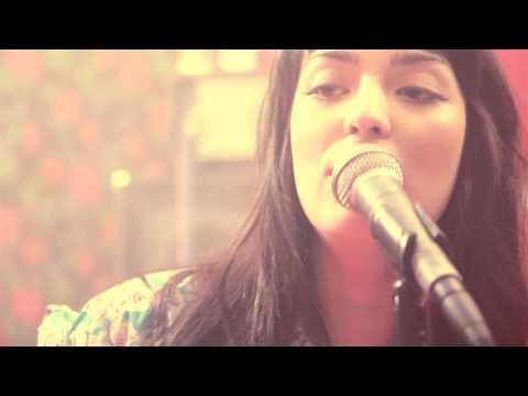 Los Románticos de Zacatecas - Un Beso Nada Más