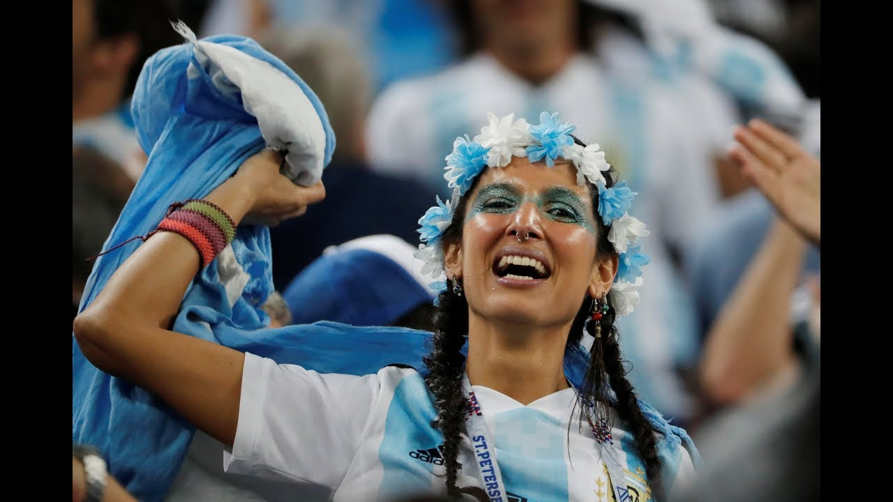 Argentina fans celebrate after dramatic World Cup win vs Nigeria