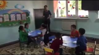 Урок английского языка в детском саду Каусаркидс