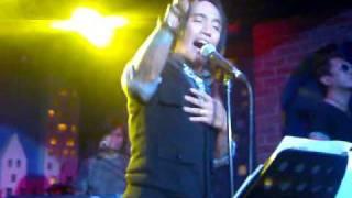 Arnel Pineda - Too much love will kill you @ Rockville,Jan.7,2011