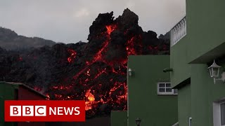Canary Islands volcano forces further evacuations of La Palma residents - BBC News