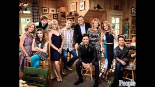 Everywhere You Look By Carly Rae Jepsen (Fuller House Theme Song)