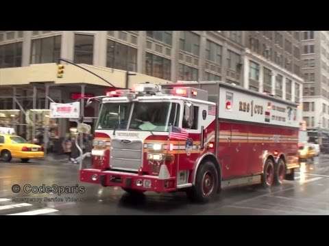FDNY Fire Trucks and Rescue 1 with Air Horns (150th Anniversary Collection)