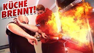 Back-Challenge geht schief! - Küche brennt
