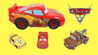 Disney Pixar Cars 3 Transforming Lightning Mcqueen Playset Piston Cup Race Track