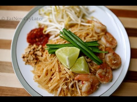 How to make Pad Thai - YouTube