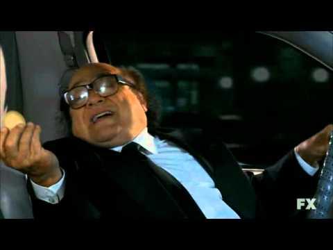 Its Always Sunny in Philadelphia S07E01 - Limo Ride