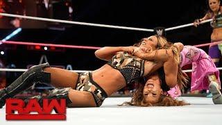 Bayley & Mickie James vs. Alexa Bliss & Emma: Raw, Oct. 16, 2017