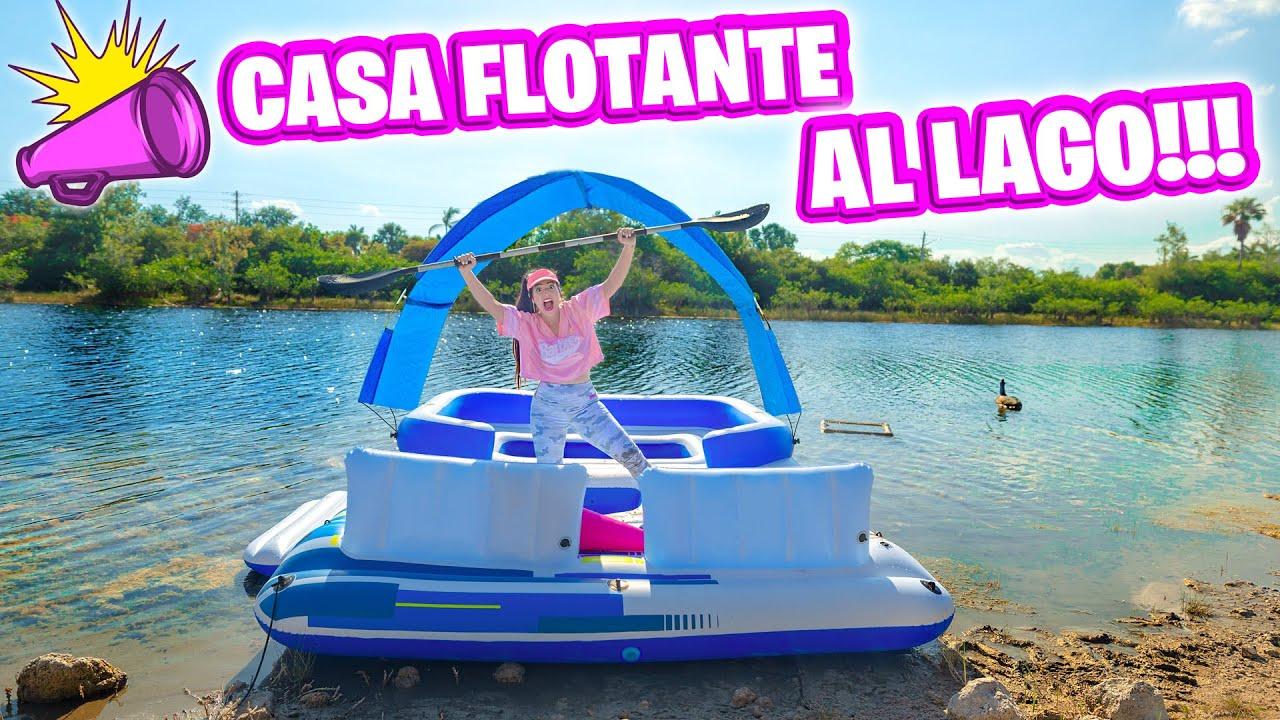 TIRO LA CASA FLOTANTE AL LAGO! 😱 Cumpliendo Reto Extremo en Flotador Gigante 😅 Sandra Cires Art