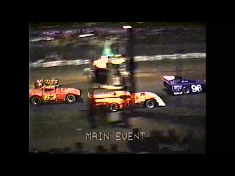The west coast based late model series racing at Willamette Speedway in Lebanon, OR in 1989. - dirt track racing video image