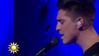 Danny Saucedo - Super 8 (Live) - Nyhetsmorgon (TV4)