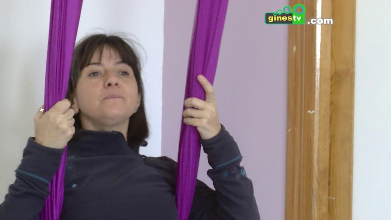 Gines conoce los beneficios del yoga con una Jornada de Puertas Abiertas