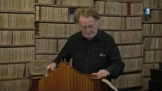 Il fabrique des cartons perforés pour orgues de barbarie à Béziers