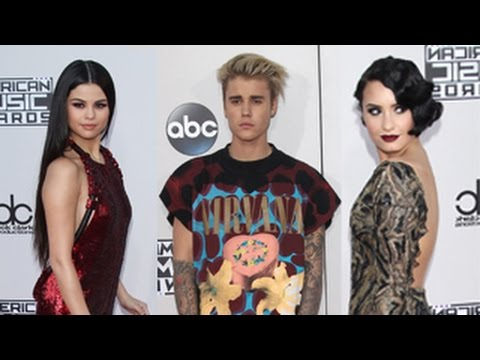 Celebrities Arrive At The 2015 American Music Awards- Justin Bieber, Selena Gomez And More