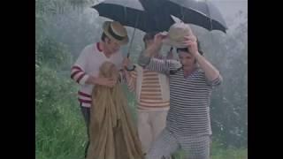 """Фрагмент фильма """"Трое в лодке не считая собаки"""". Как ставят палатку."""