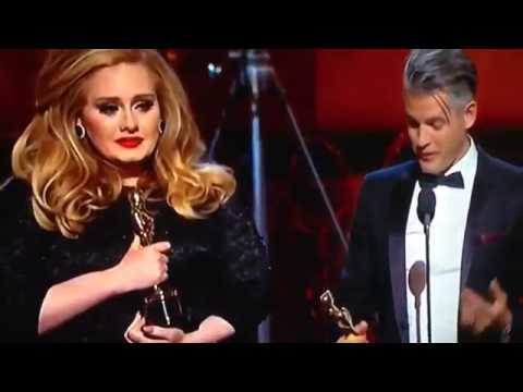 OSCAR 2013 HIGHLIGHTS - Adele Funny Moment on the Mic