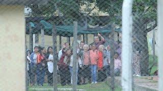 abuelas de plaza de mayo y hugo yasky visitaron a milagro sala en el penal