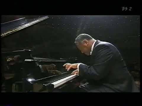 André Watts Plays Brahms Piano Concerto N2, Op.83 ( 2 )