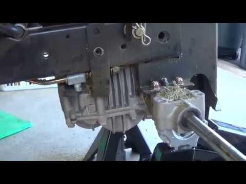 Our John Deere LA135 Tuff Torq T40J 40J transmission fix, Part 1