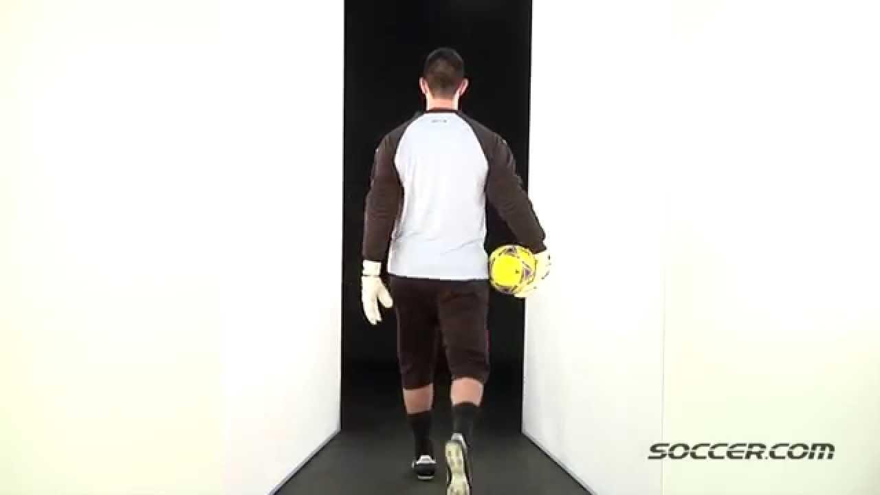 d5a4bb762f46a4 35725 Sells Reflex Goalkeeper Jersey - YouTube