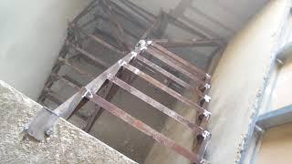 видео Ширина эвакуационного выхода со второго этажа для коттеджей и домов