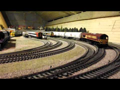 Loft Lane Model Railway – Hornby Class 67 with Wrexham & Shropshire MkIII's & DVT