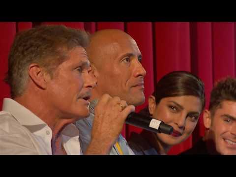 German Premiere Q&A Baywatch (Dwayne Johnson, Zac Efron, Kelly Rohrbach...) (Official Video )