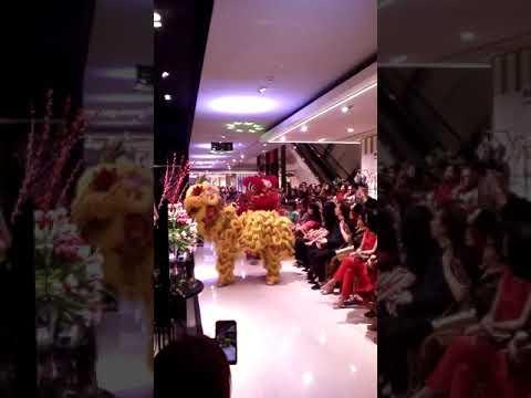 Galeries Lafayette Barongsai Fashiontastic Lunar Imlek New Year Trunk Show pacific place jakarta