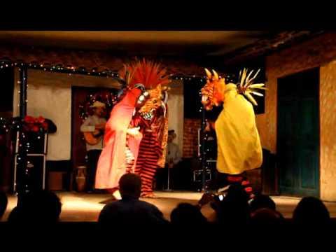Dancers at Tinajas, Panama City, Panama