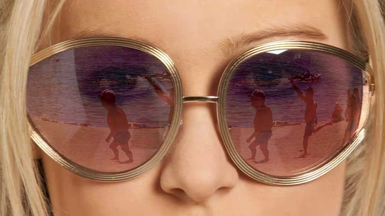How to Add a Reflection to Sunglasses in Photoshop - PHLEARN
