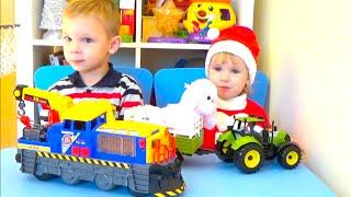 Поезд, Трактор с прицепом распаковка Спецтехника для детей