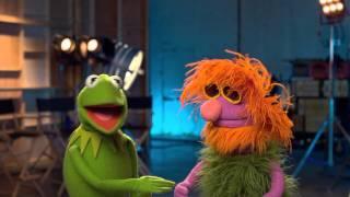 Join the Muppets Never-Ending-Mahna-Mahna-Phenomahna!
