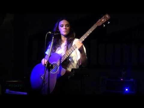 Francesca Michielin - Oasis' cover Wonderwall - Live @ Salumeria Della Musica - Milano