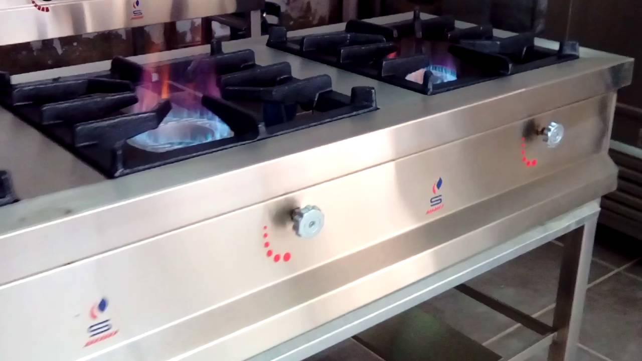 Cocina industrial de 3 hornillas cocinas surge sac youtube - Cocinas industriales de gas ...