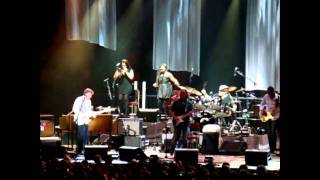 RUN BACK TO YOUR SIDE Eric Clapton & Steve Winwood Paris Bercy 2010 may 25