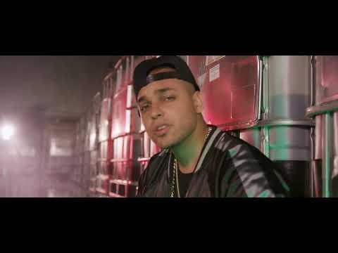 Jhostyn - Mas Que Tu Amigo (Official Video)