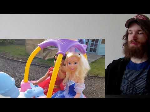 Princess Carriage Ride on - Dolls Princess Castle CRAZY REACTION!!!