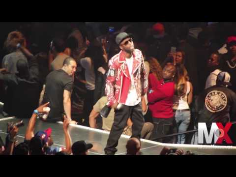 """Black Rob Performs """"Whoa!"""" at Bad Boy Family Reunion show in Brooklyn"""
