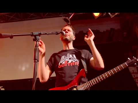 Paul Gilbert Motor City Guitar guitar clinic